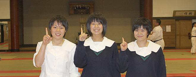 白河高等学校制服画像